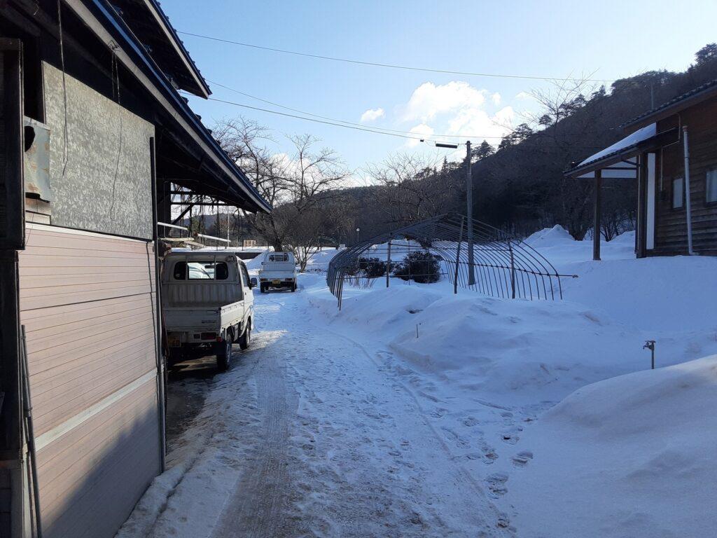 2021年2月 雪景色と青空。気持ちがよい。